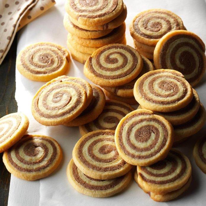 swirl cookies 1 dozen $17 2 dozen $30 .jpg