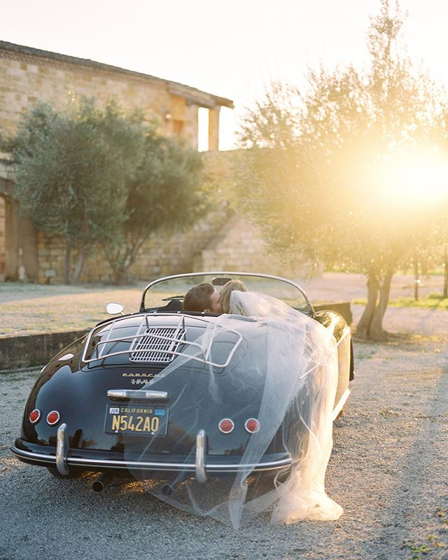A romantic evening at @sunstonewinery with @heatherpaynephoto #speedster #porschespeedster #sunstonewedding #sunstonevillawedding #sunstonewinery #heatherpayneworkshops