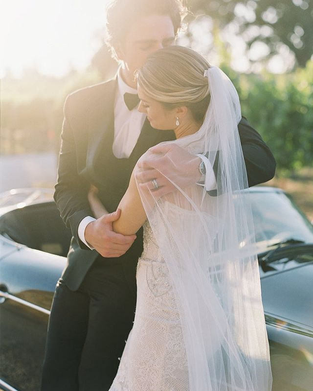 Sweet Speedster moment at @sunstonewinery with @katienicollephotography @sweetestloveevents @friartux #janetvillahairandmakeup #kingsleyjamescouture #weddingcar #weddingspeedster #vintagecar