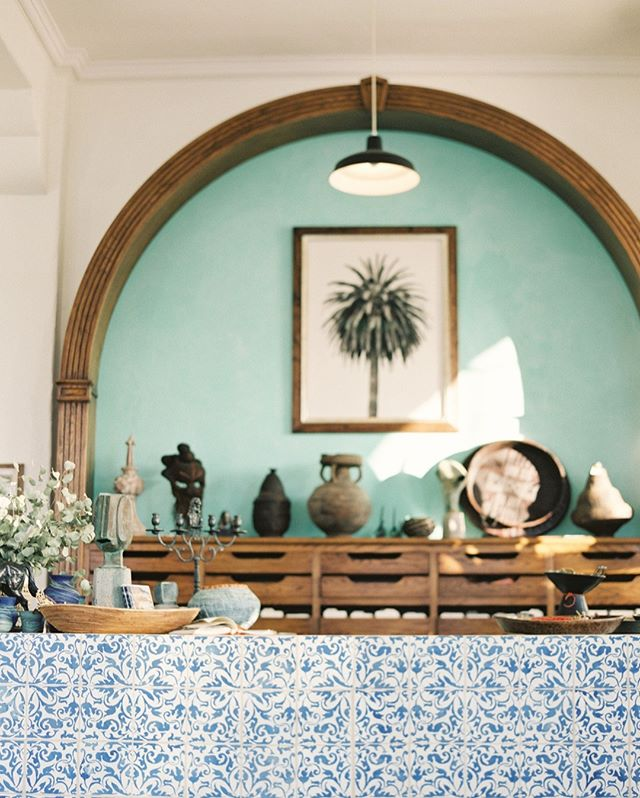 Have you been to Raoul's yet in the Funk Zone? Textiles and worldly home goods collide at this quaint little shop by the beach... it's one of my favorites and very hard to leave! #santabarbarafunkzone #funkzone #textileshop #moroccantile #santabarbarastyle #santabarbaralife #santabarbaraliving #santabarbarashop #bluetilebar #santabarbaradecor #santabarbarahome