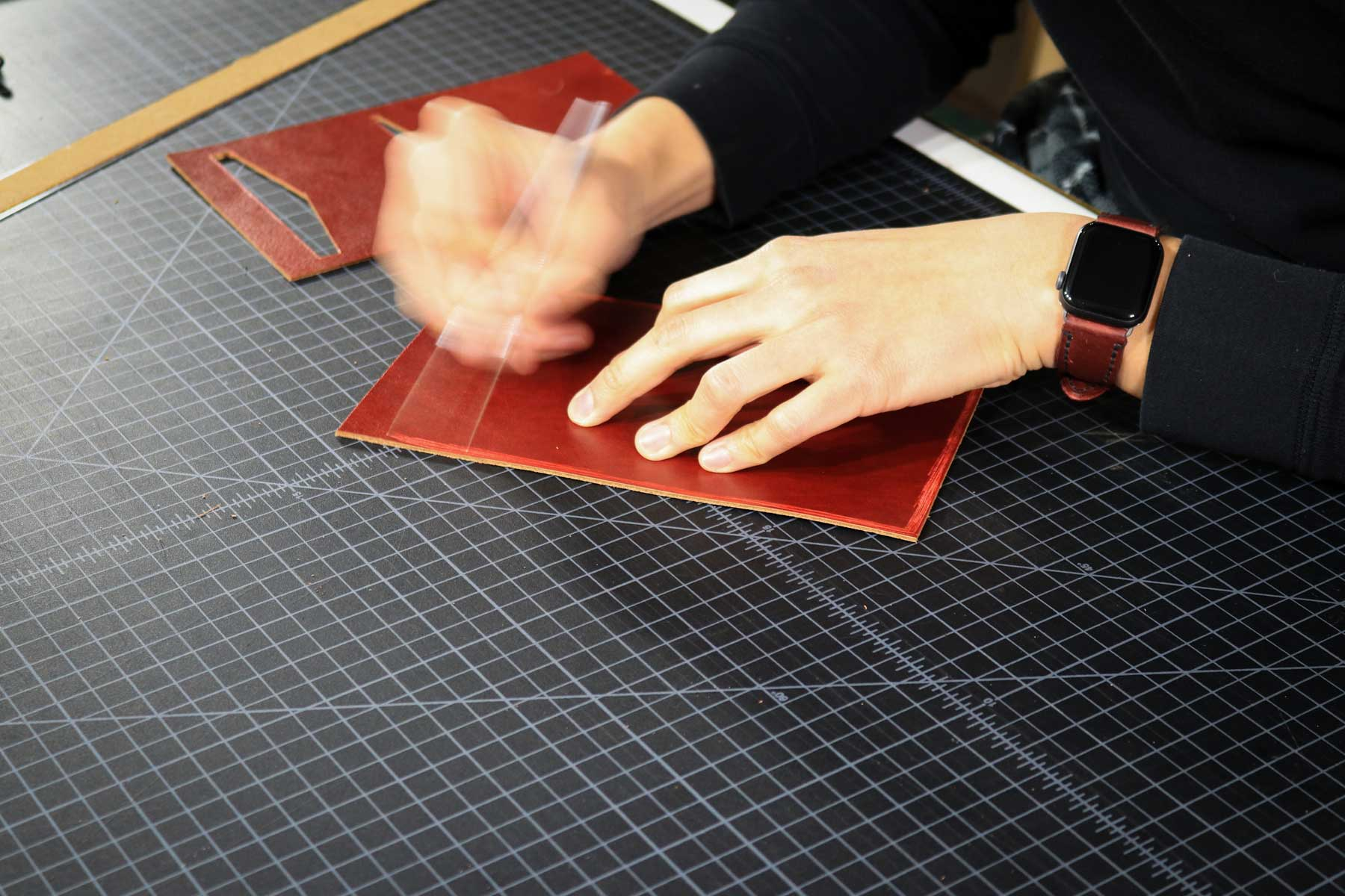 Scratching perimeter of leather