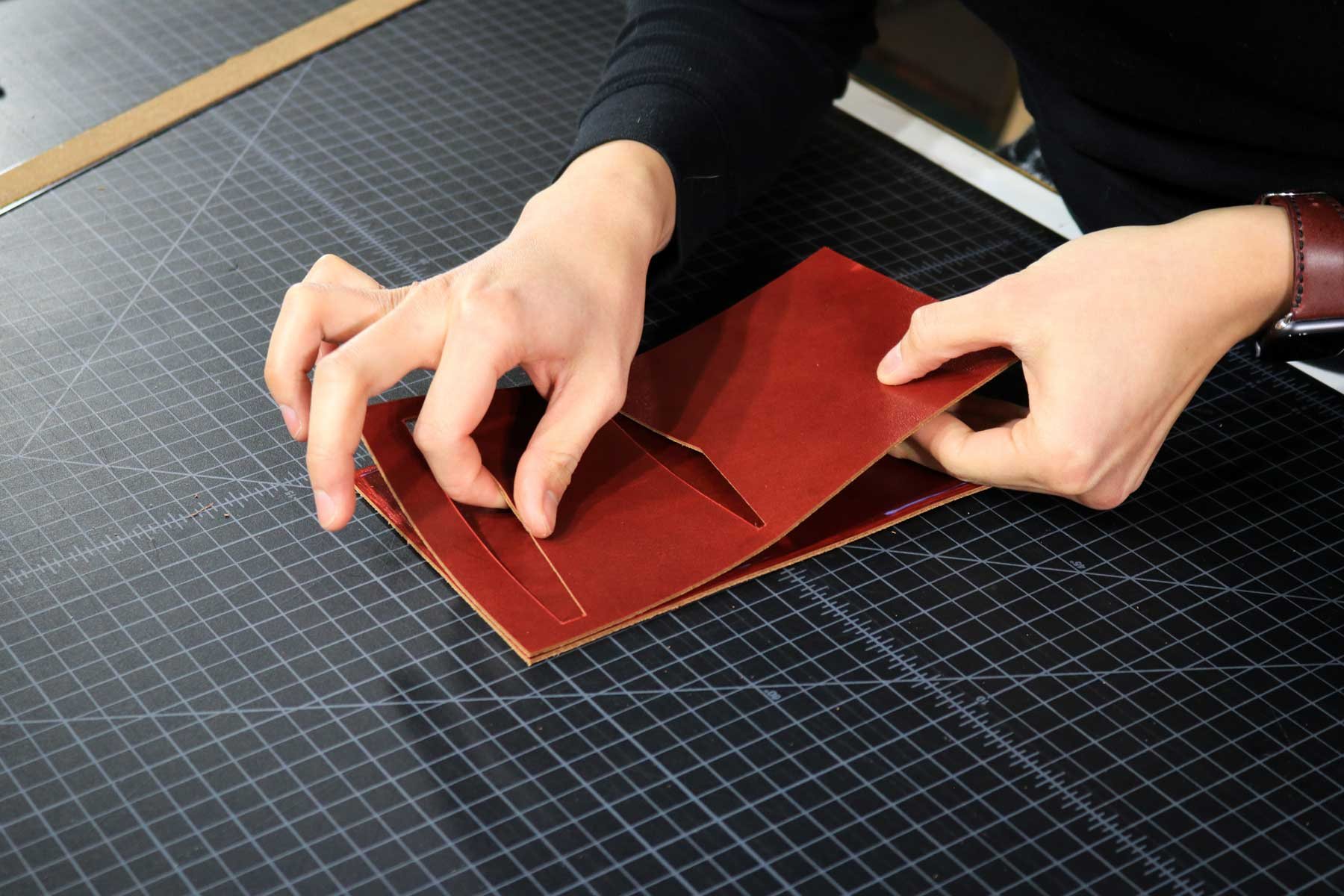 Gluing leather pieces together