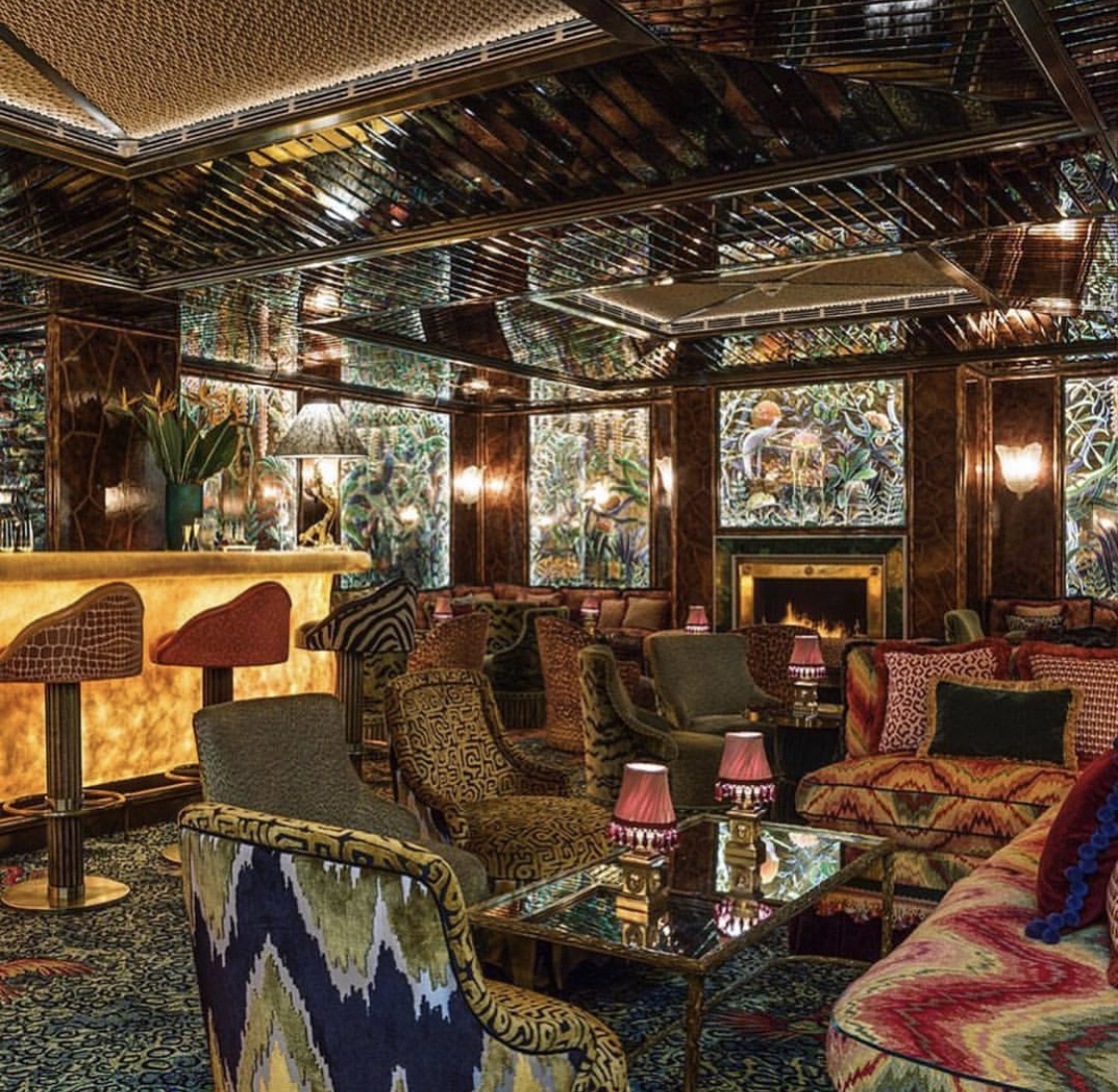 Anabel's Private Members Club in London. Image taken from @annahaymandesigns