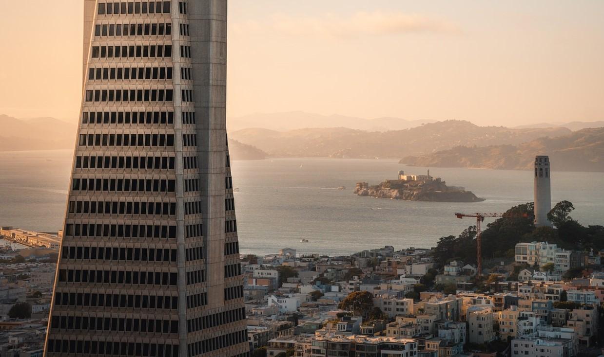 architecture-building-city-2285836.jpg