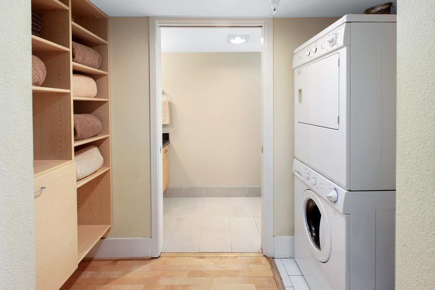 2068Third11 Laundry.jpg
