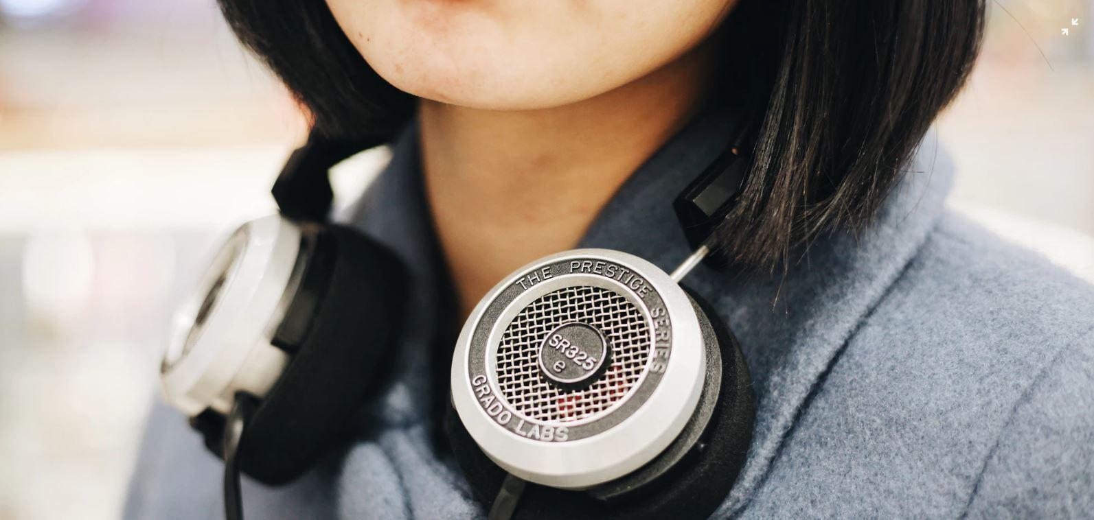 PodcastHeadphones.JPG