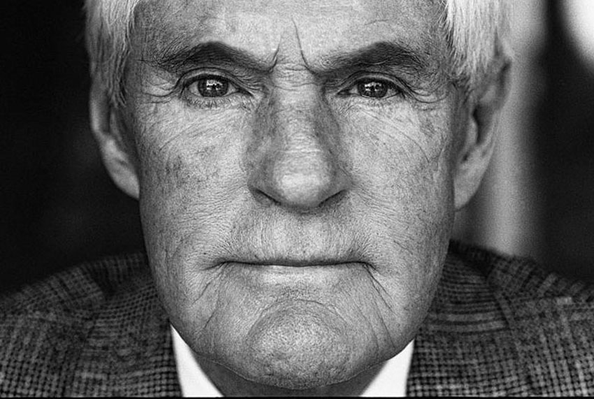 TIMOTHY LEARY -