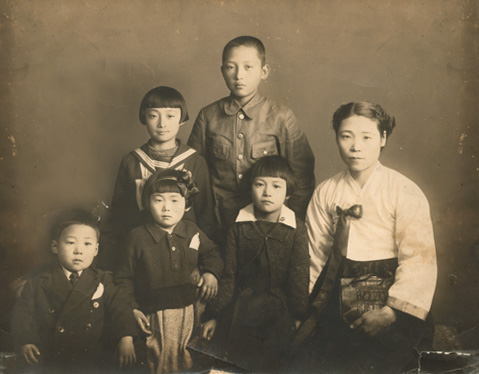Grandmaster Kim Soo Gallery -