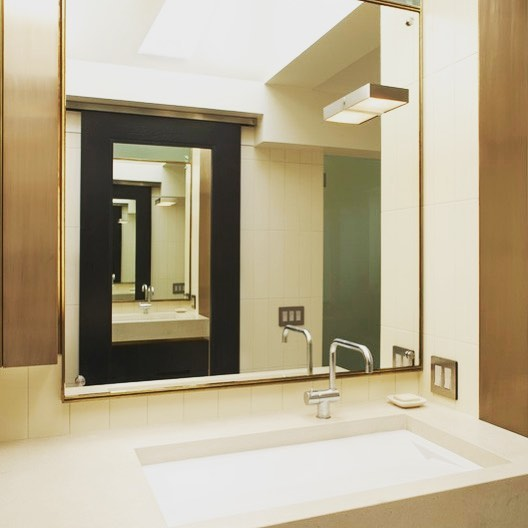 We're often inspired by the thoughtful innovations our clients come up with. In this Avalon project, the master bath included many. A bath vanity with daylight for for inspiration. What's not to like. Explore more pictures of the Avalon/Berkeley project at Altmann-associates.com. (Link in bio)⠀ .⠀ .⠀ .⠀ #AltmannAssociates #minimaliststyle #homerenovation #midcenturymodern #midcenturymodernbath #midcentury #modern #modernism #modernist #Berkeley #Berkeleyhills #modernisthome #midcenturymodernarchitecture #Californialiving #Modernconstruction #Contractor #Residentialcontractors #Customhome #Design #Architecture #Masterbath #Bathroomremodel⠀
