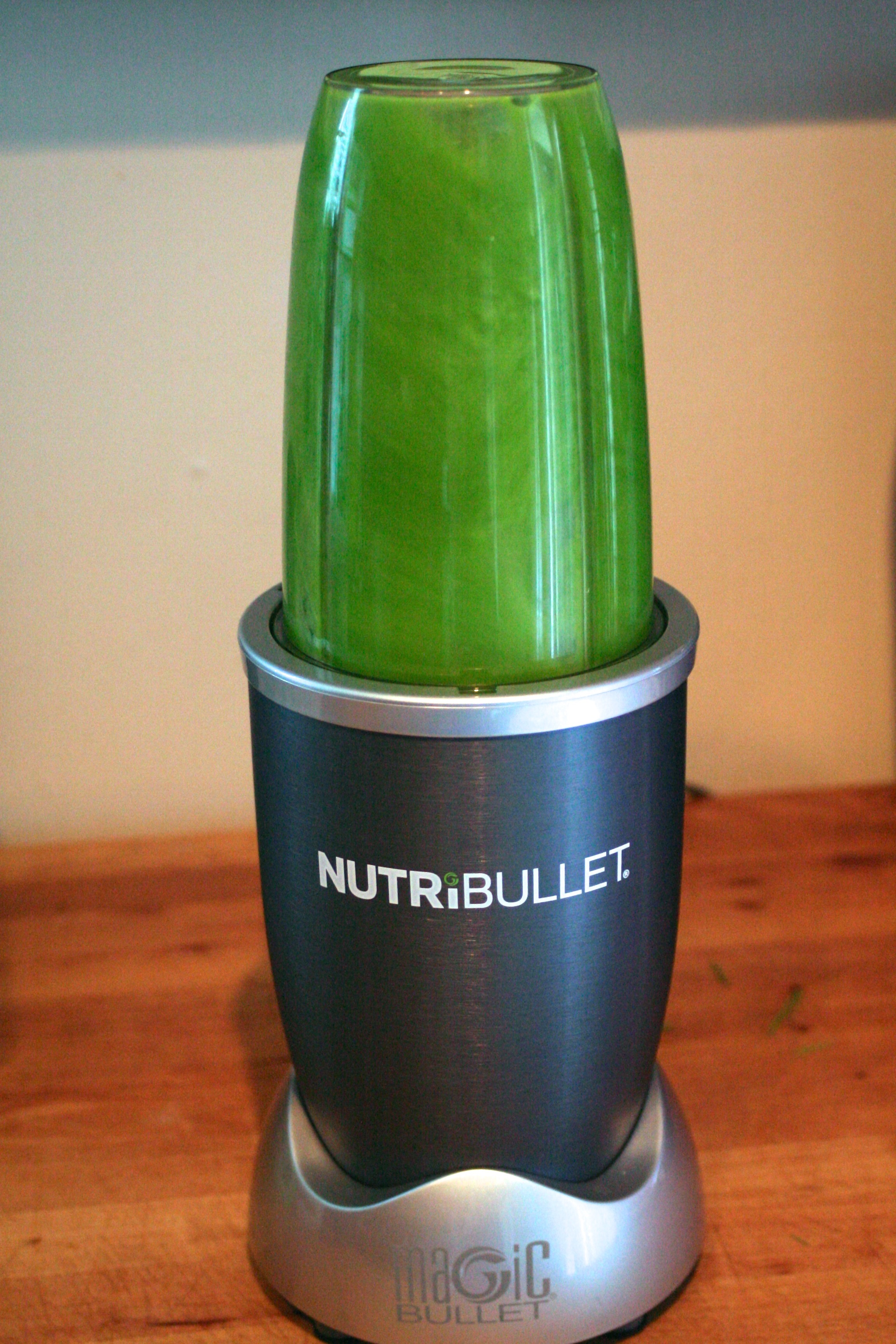Wheatgrass Juice - Blending.jpg