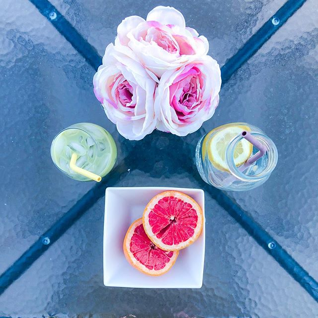 Mornings are for matcha...always iced🍵 . . . . . #foodie #tasty #alwaysiced #instaflatlay #love #blogher #lifestyleblogger