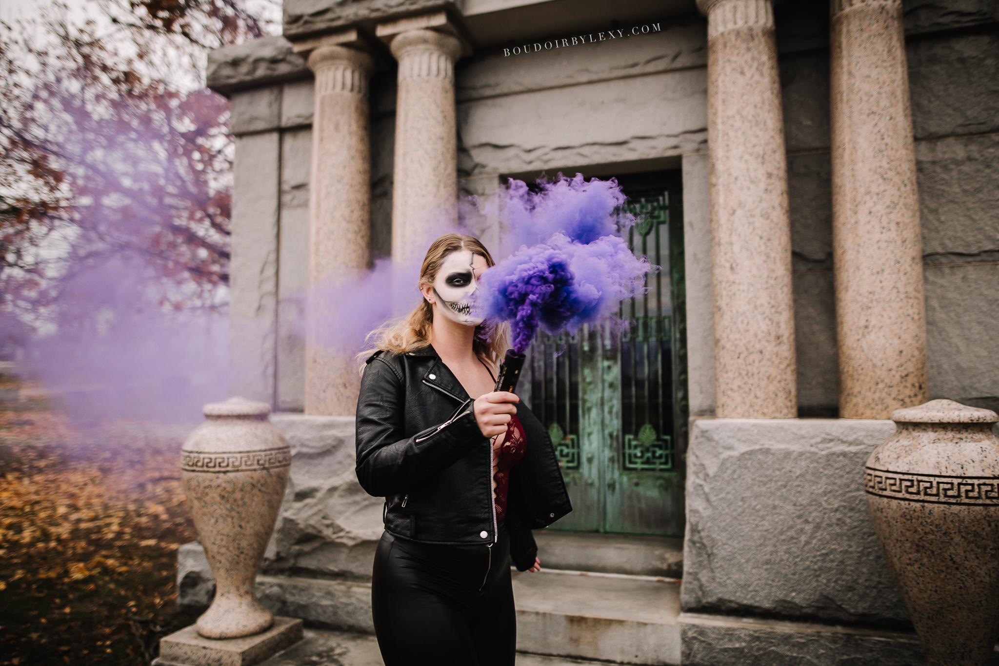 SMOKE BOMB BOUDOIR SPOOKY BOUDOIR BY LEXY CEDAR FALLS IOWA-4.jpg