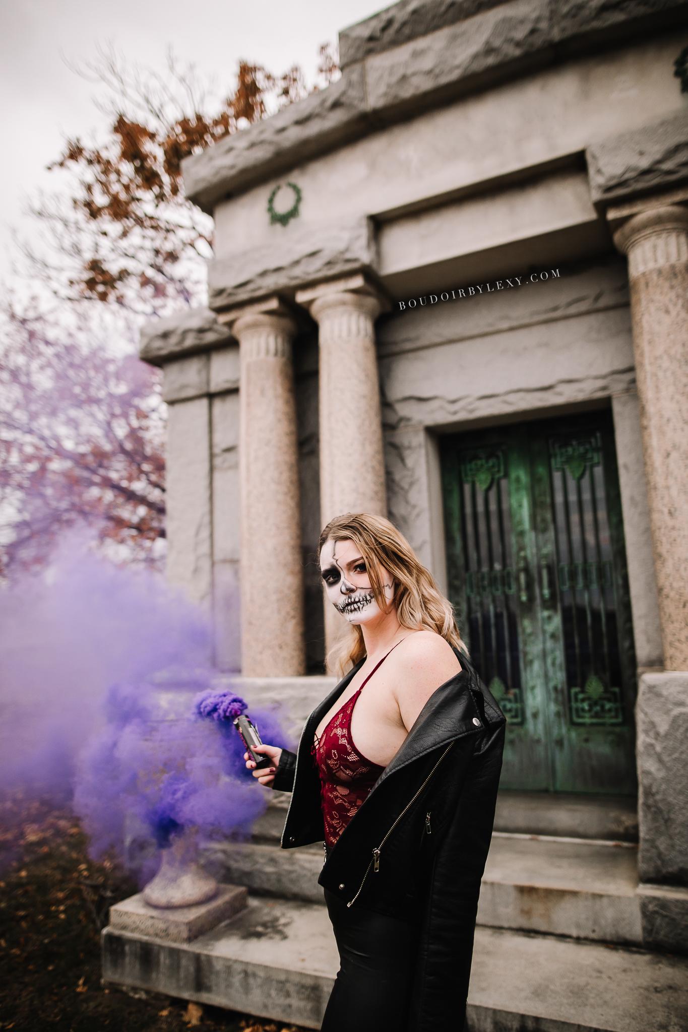 SMOKE BOMB BOUDOIR SPOOKY BOUDOIR BY LEXY CEDAR FALLS IOWA-5.jpg
