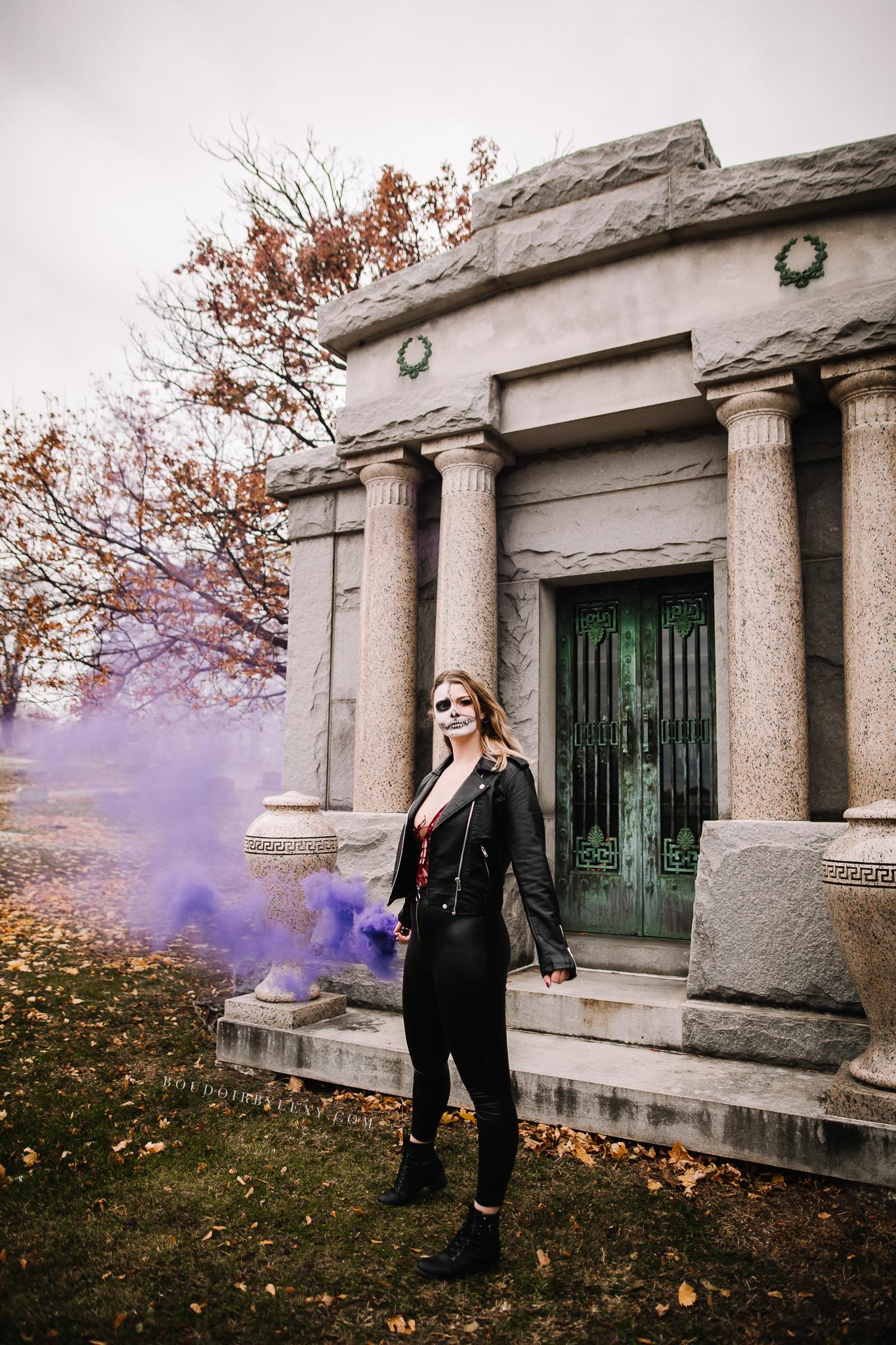 SMOKE BOMB BOUDOIR SPOOKY BOUDOIR BY LEXY CEDAR FALLS IOWA-7.jpg