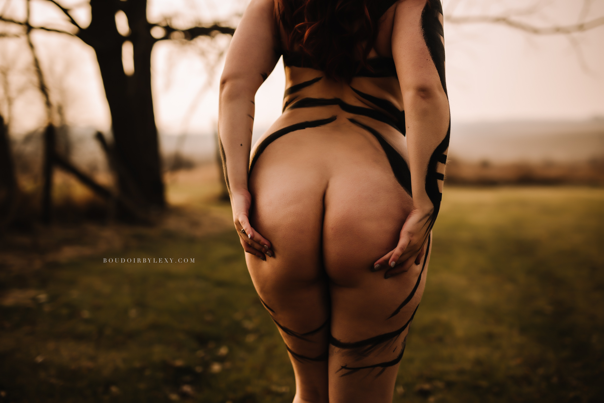 OUTSIDE BODY PAINT BOUDOIR BY LEXY CEDAR FALLS IOWA-34349.jpg