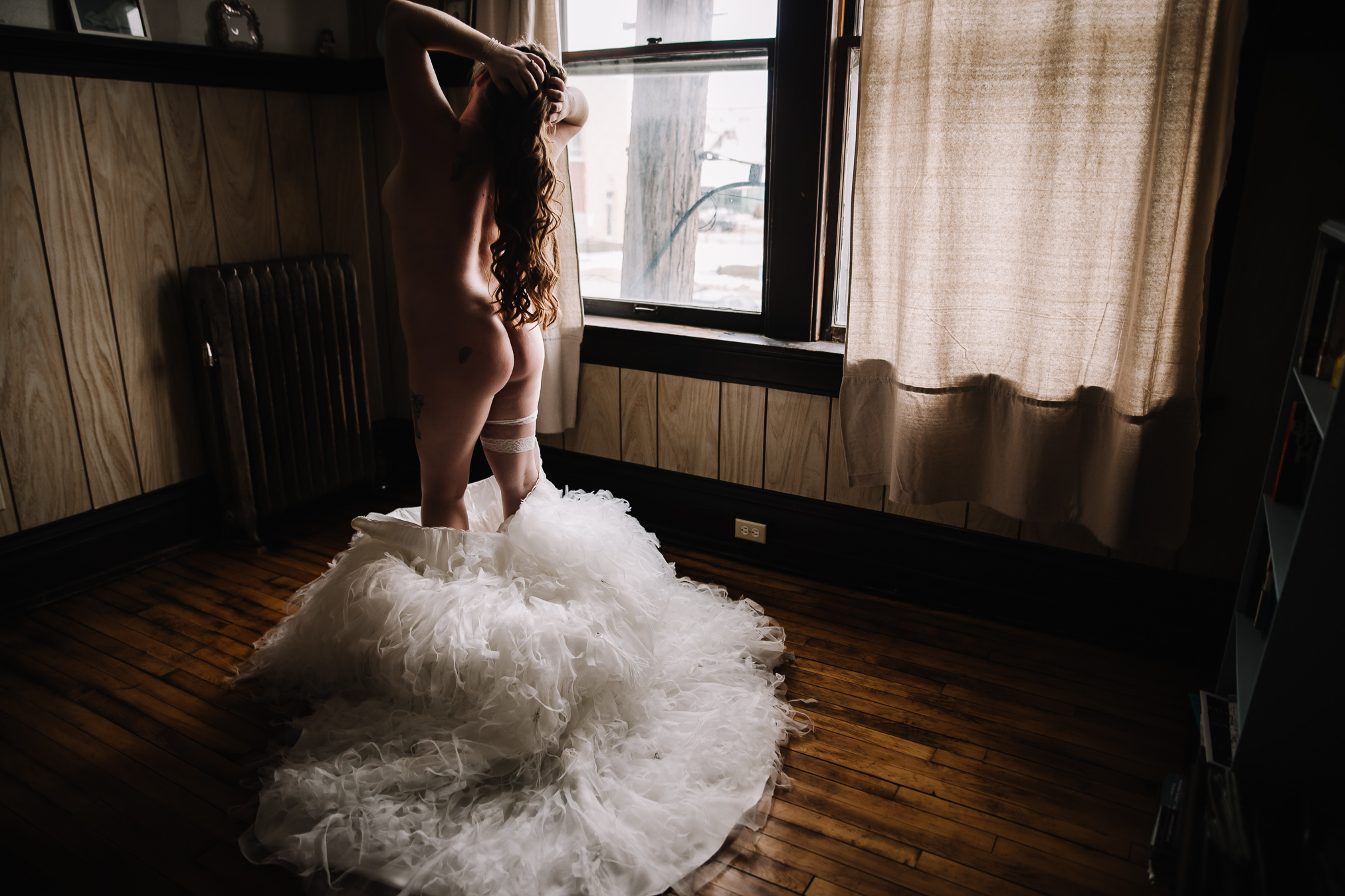 BRIDAL BOUDOIR SESSION BOUDOIR BY LEXY CEDAR FALLS IOWA-8.jpg