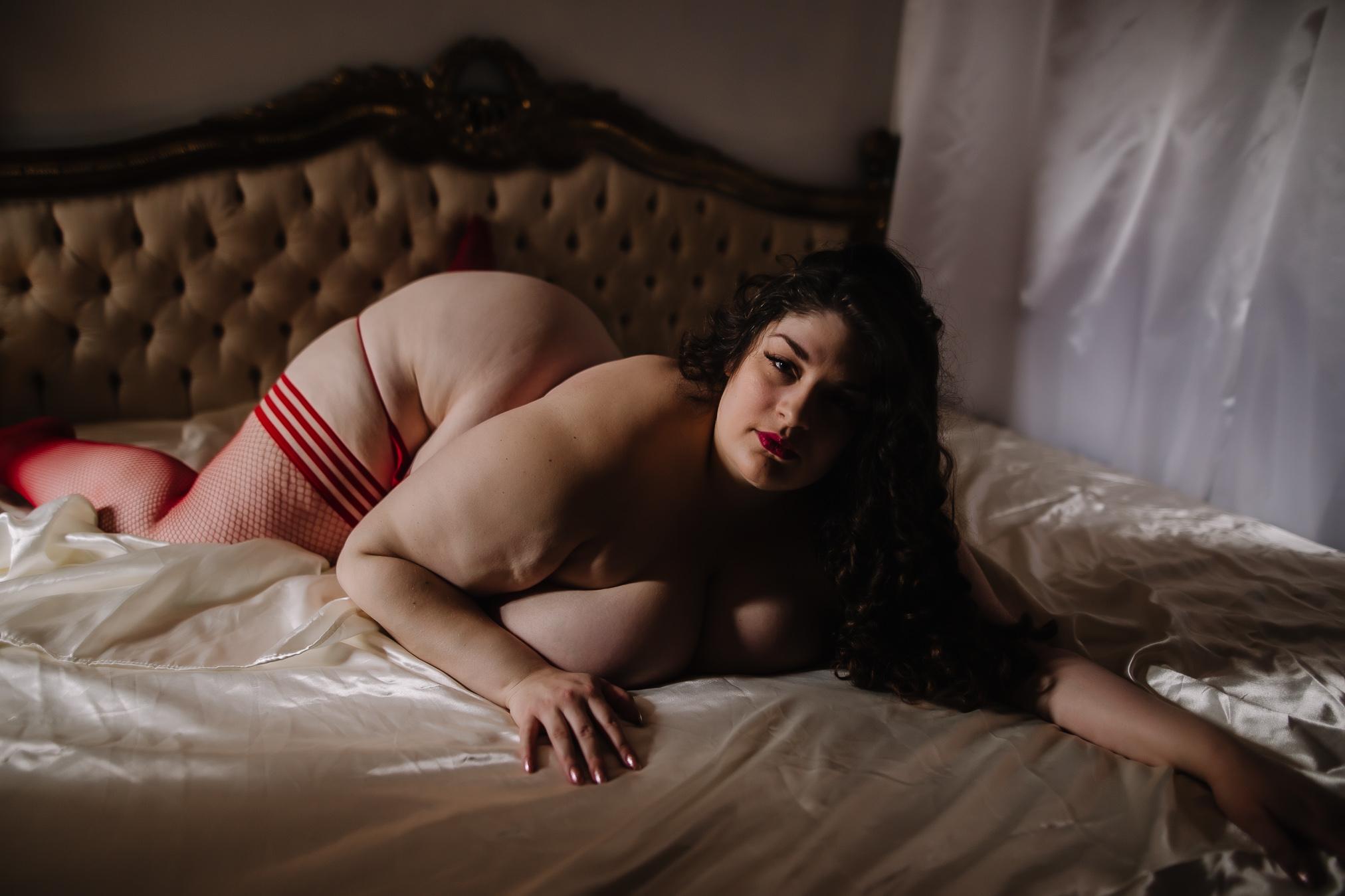 CATRINA SHERO - BOUDOIR BY LEXY - CEDAR FALLS IOWA-29.jpg