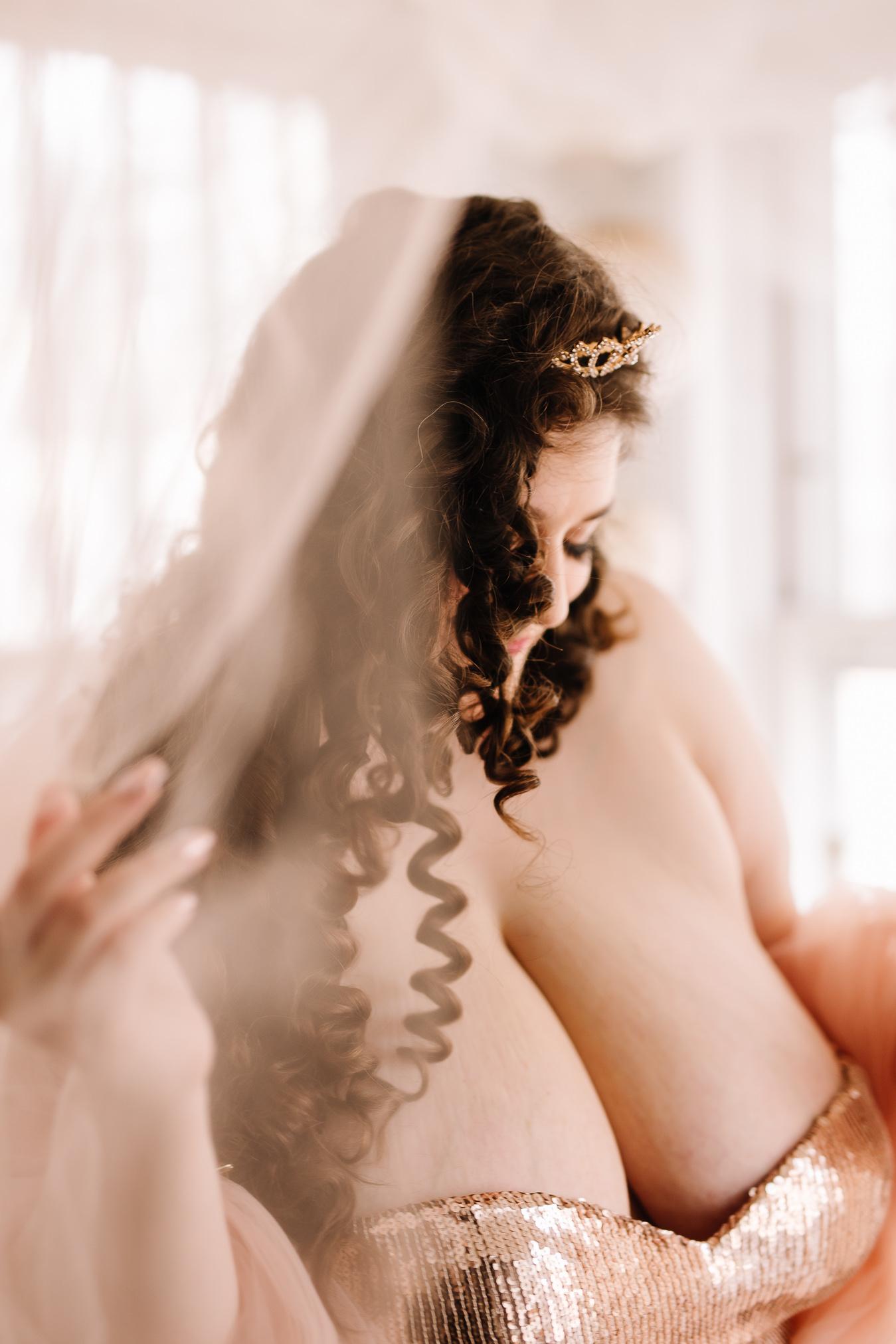 CATRINA SHERO - BOUDOIR BY LEXY - CEDAR FALLS IOWA-10.jpg