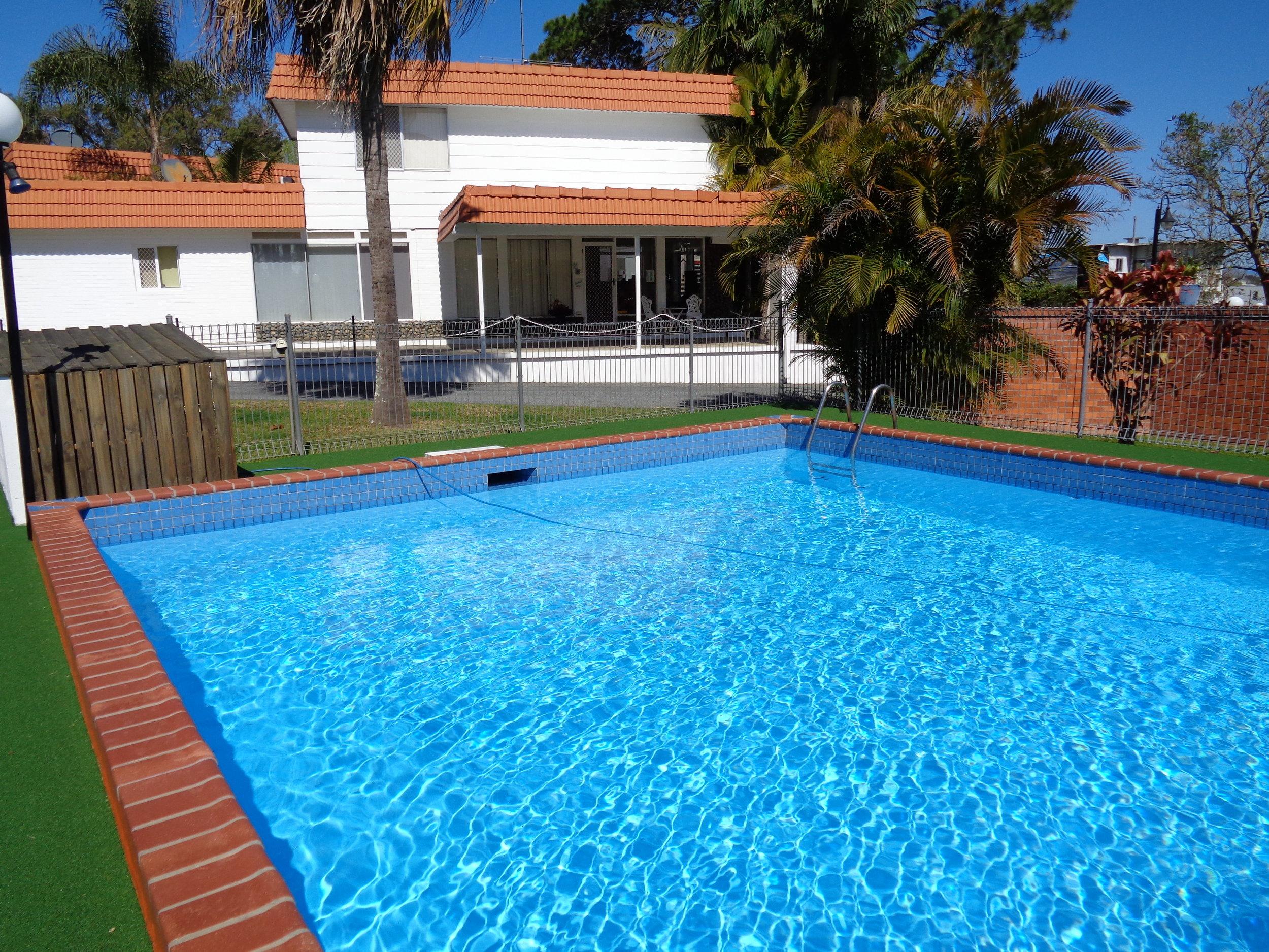 pool downwards.JPG