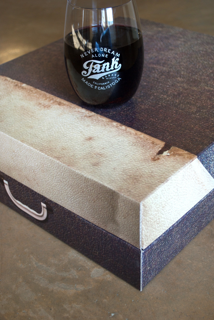 tank giftbox detail