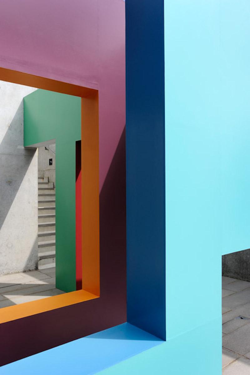 Krijn-de-Koning-at-Turner-Contemporary_dezeen_468_3 (1).jpg