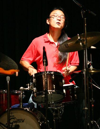 cyberpapa-kunihiko-miura-drums.jpg