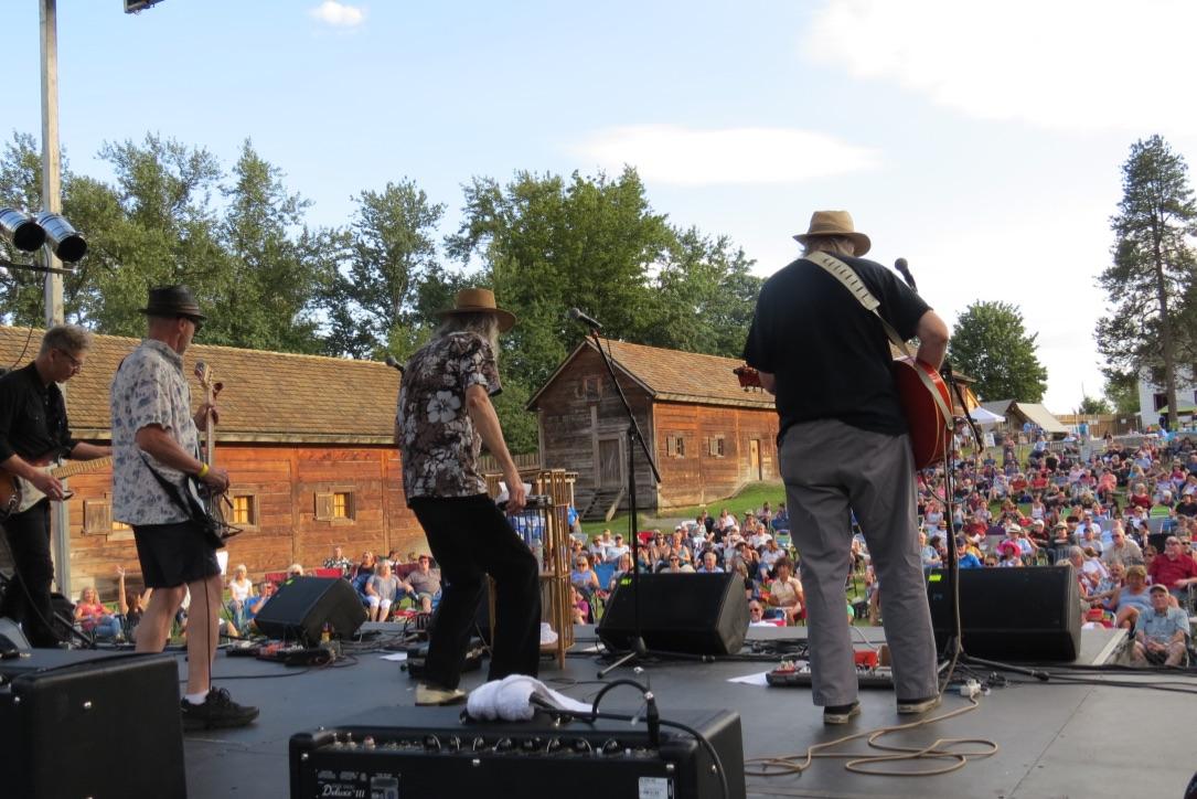 Mud Bay Blues Band