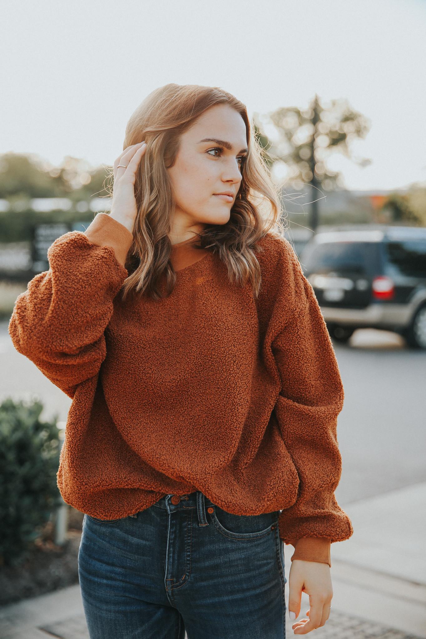 womens sweater nashville.jpg