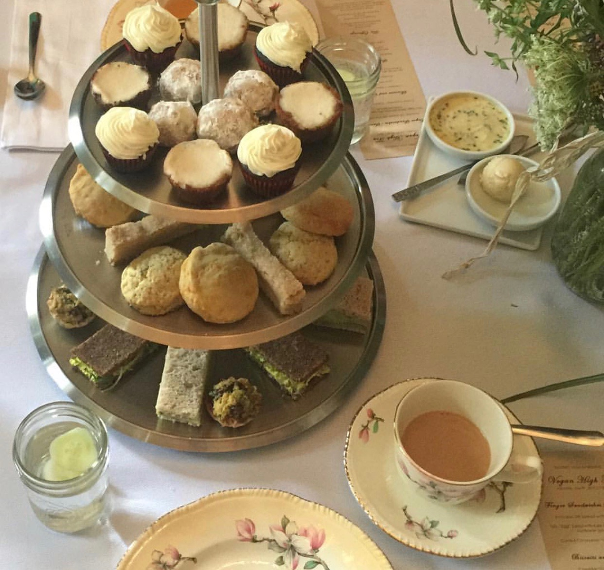 High Tea Tray.JPG