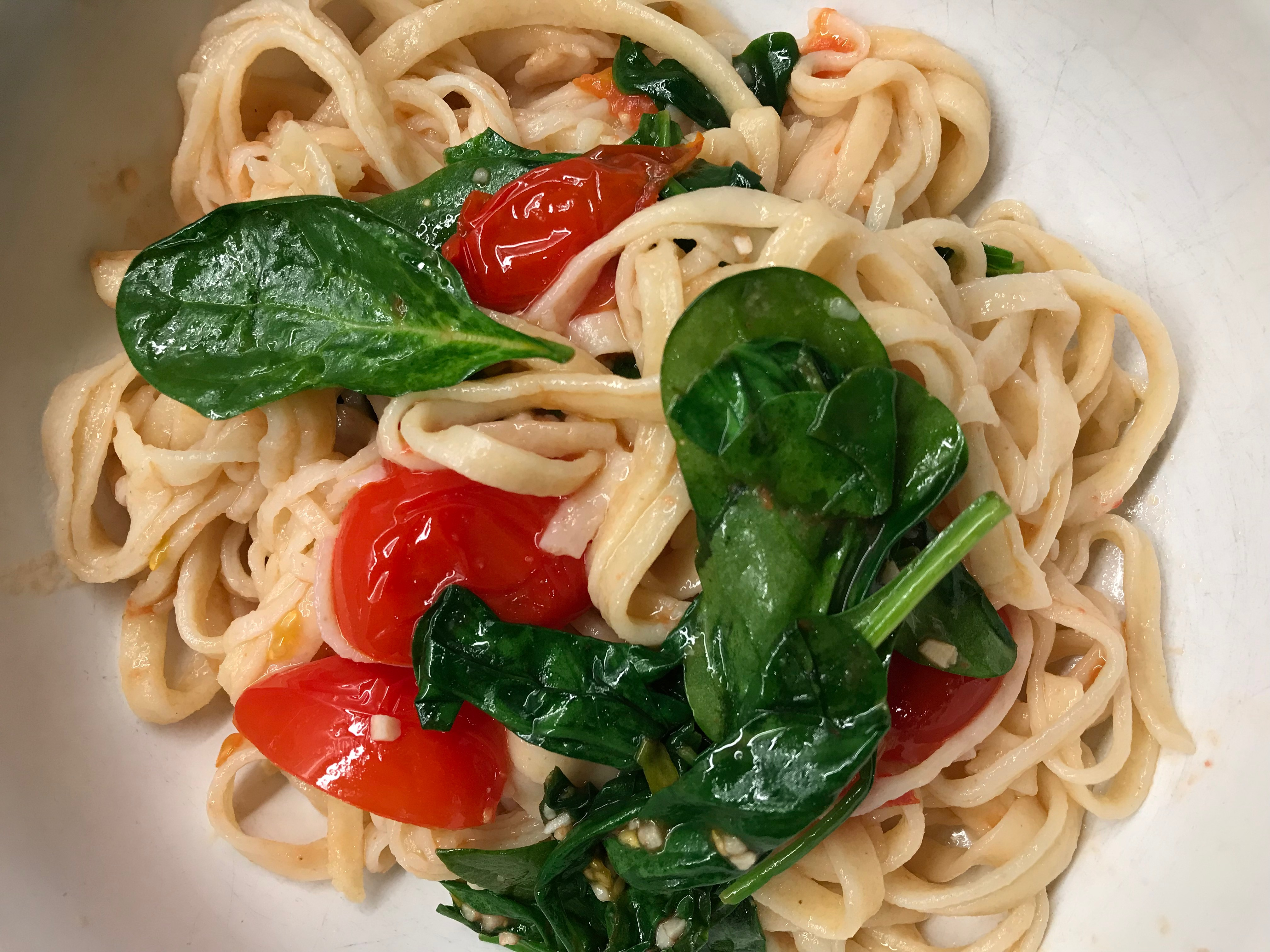 Pasta with basil and tomato.JPG