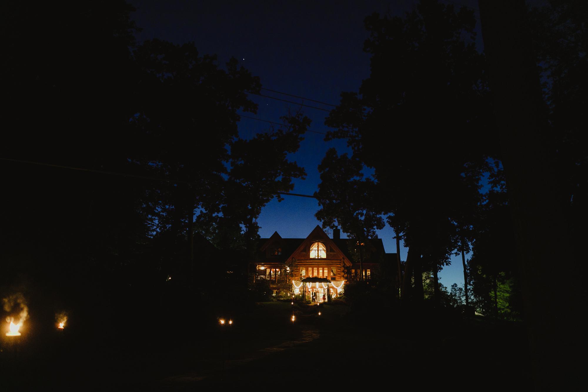 JillDeVriesPhotography-SunsetCoveWedding-84.jpg