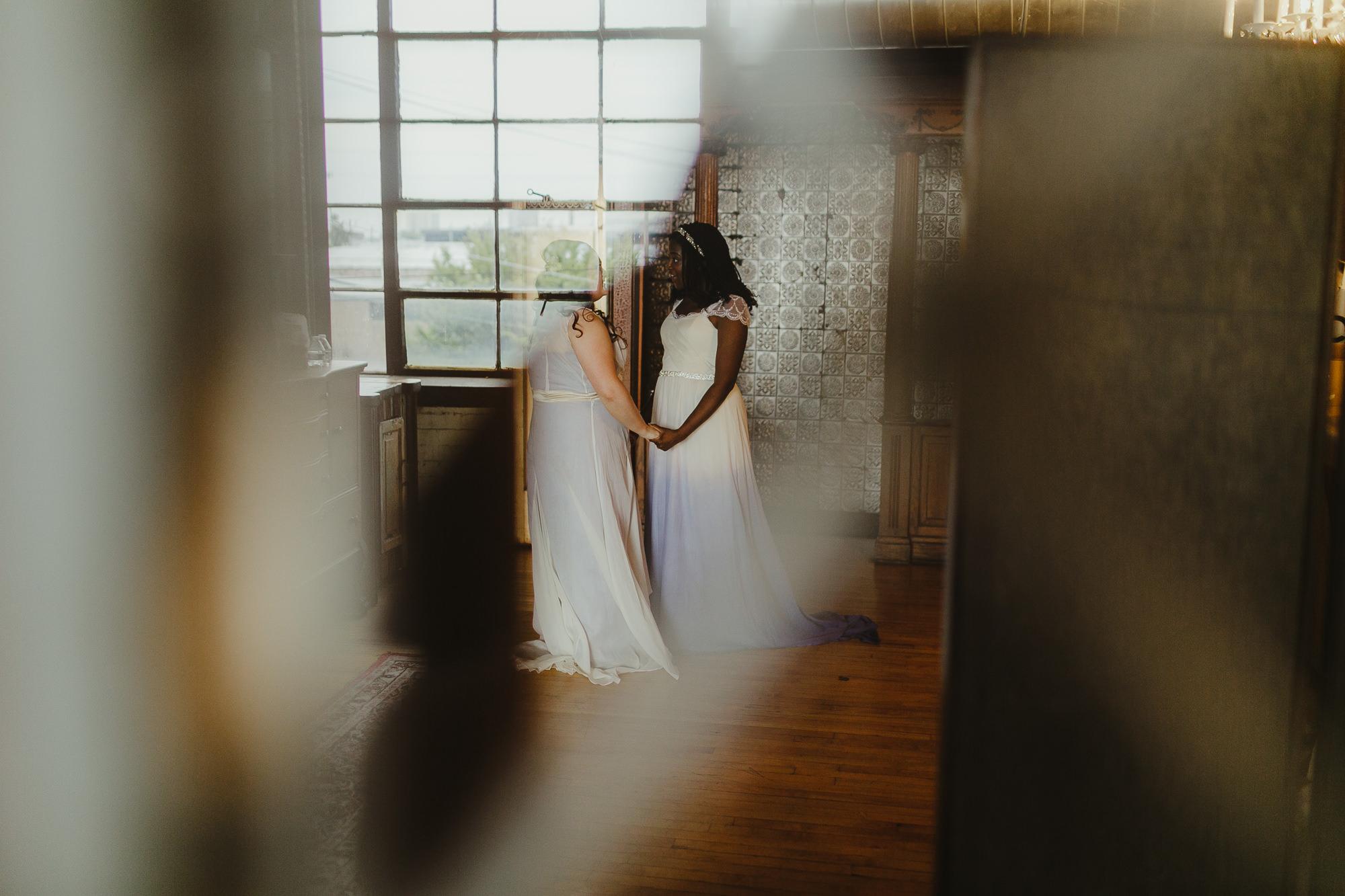 JillDeVriesPhotography-SameSexWedding-22.jpg