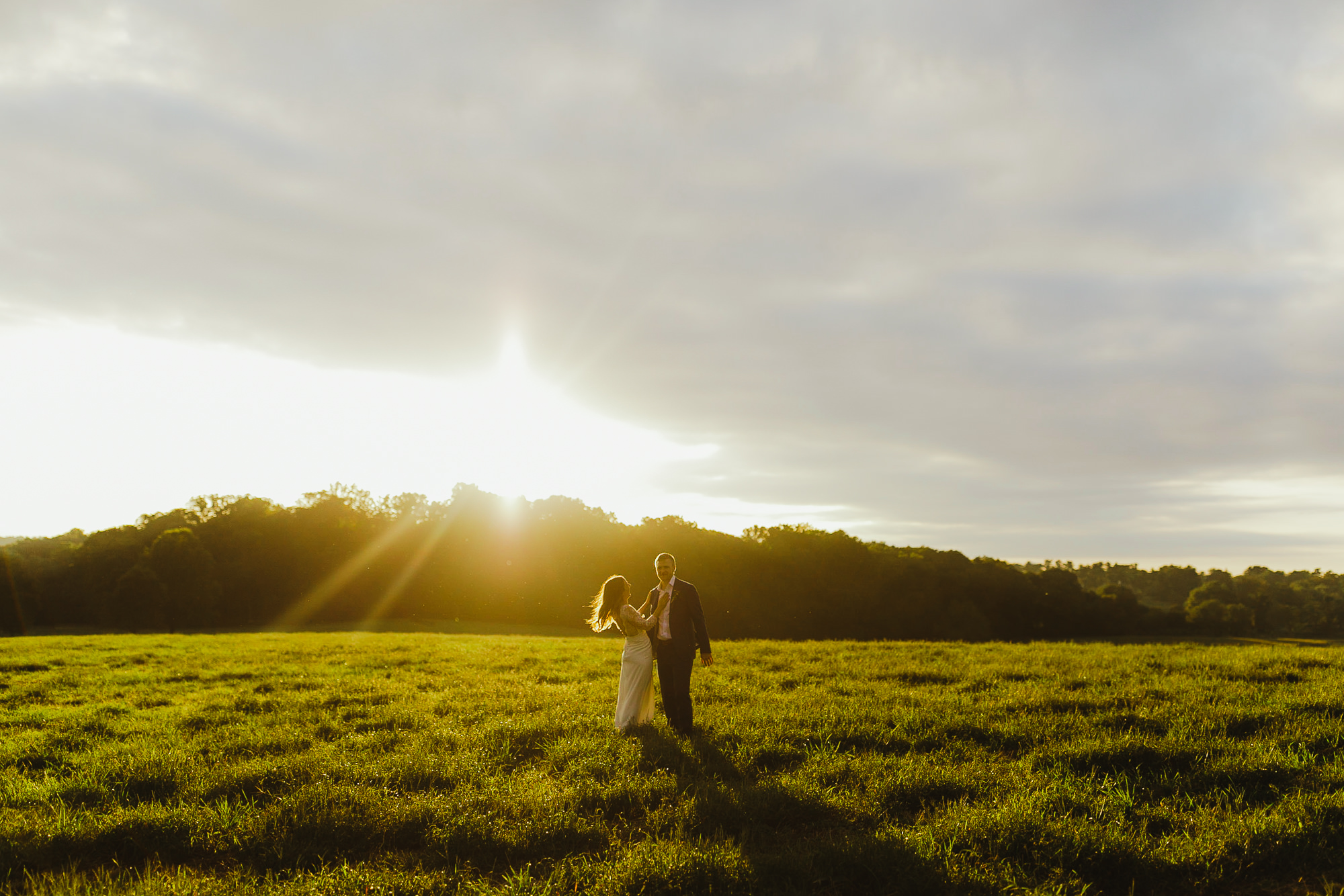 JillDeVriesPhotography-FarmWedding-103.jpg