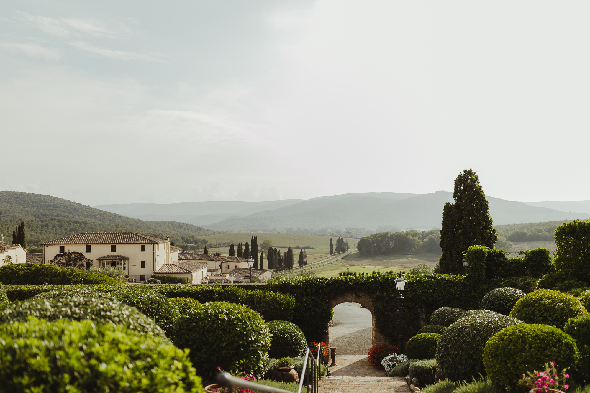 TuscanyWeddingPhotographer-1.jpg
