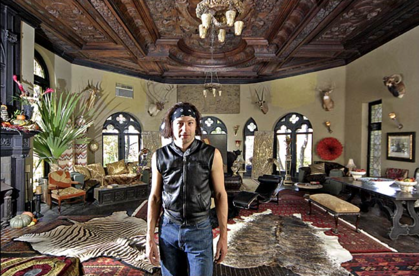 An octagonal ballroom provides a setting for his animal trophies. Photo:John Lei for The New York Times
