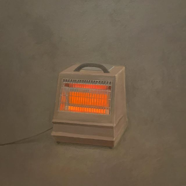 "Come on baby, light my heater💥Loved 🧡 this painting, ""Heater,"" 1964, oil on canvas, at last night's preview of the beautiful exhibition, Vija Celmins: To Fix the Image In Memory, at @metbreuer #vijacelmins #bizarreobsessionwithorange🍊"