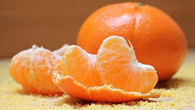 resized_tangerines-1721590_640.jpg