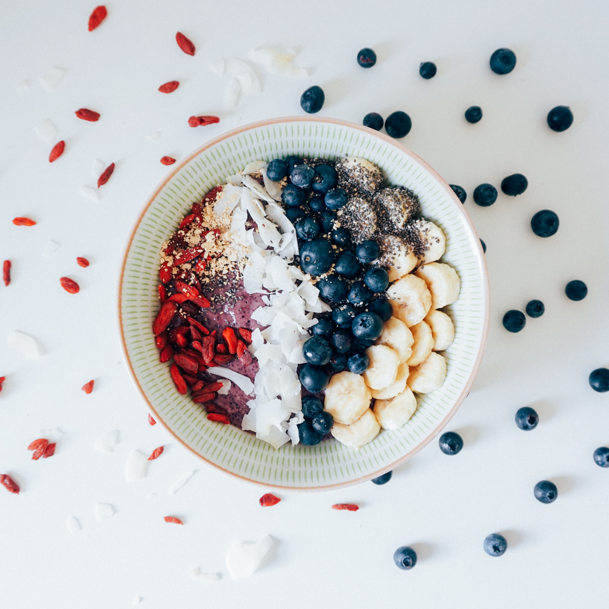 smoothie_bowl_clean_eating