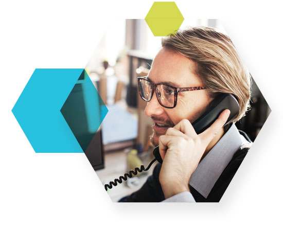 Forum_HexPattern_SERVICE_man-on-phone.jpg