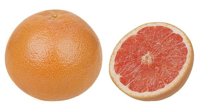 Grapefruit-Whole-&-Split.jpg