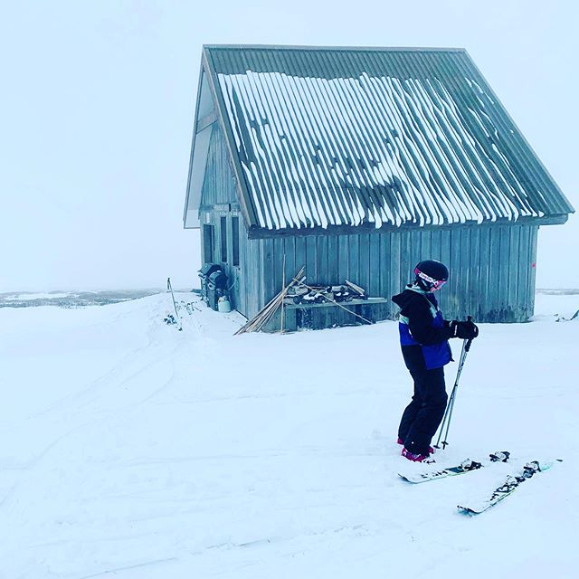 The Australian Alps ⛷. .  #gobranchout #adventure #ski #outdoorlife #fatherdaughter #snow #mountains #mountbuller #skiing #hut #australia #offpiste