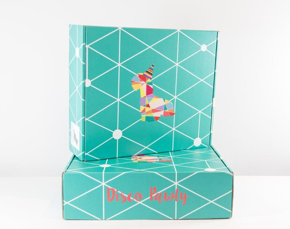 Each kit comes with invitations, party hats, bowls, treat bags and other accessories. Boxes are available in two sizes.