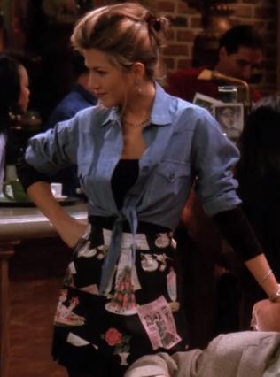 S01E13-Rachel-2-apron.png