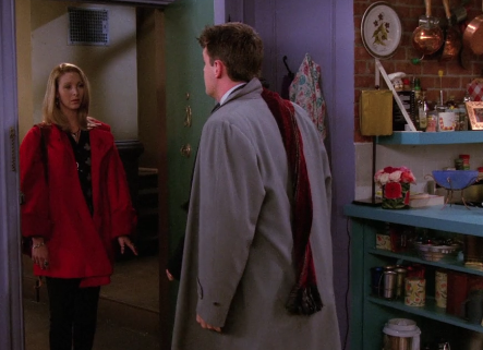 S02E11-chandler-scarf.png