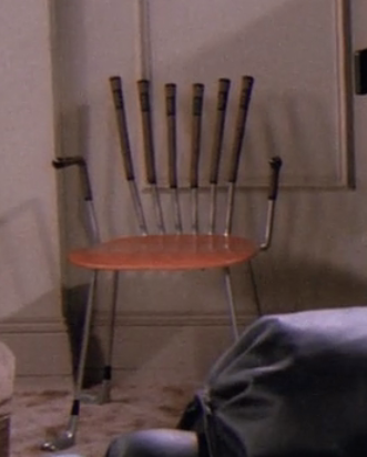 S02E15-golf-chair.png