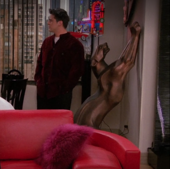 S02E17-giant-cat.png