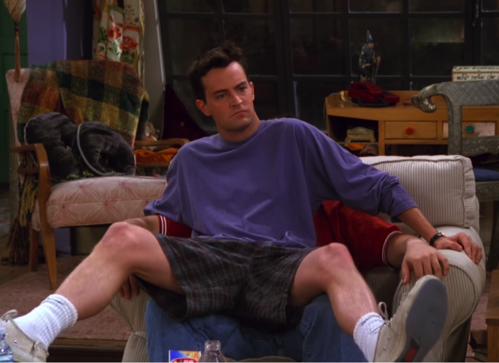 Chandler and Joey fighting over Monica's chair / Handbag Marinara / @handbagmarinara