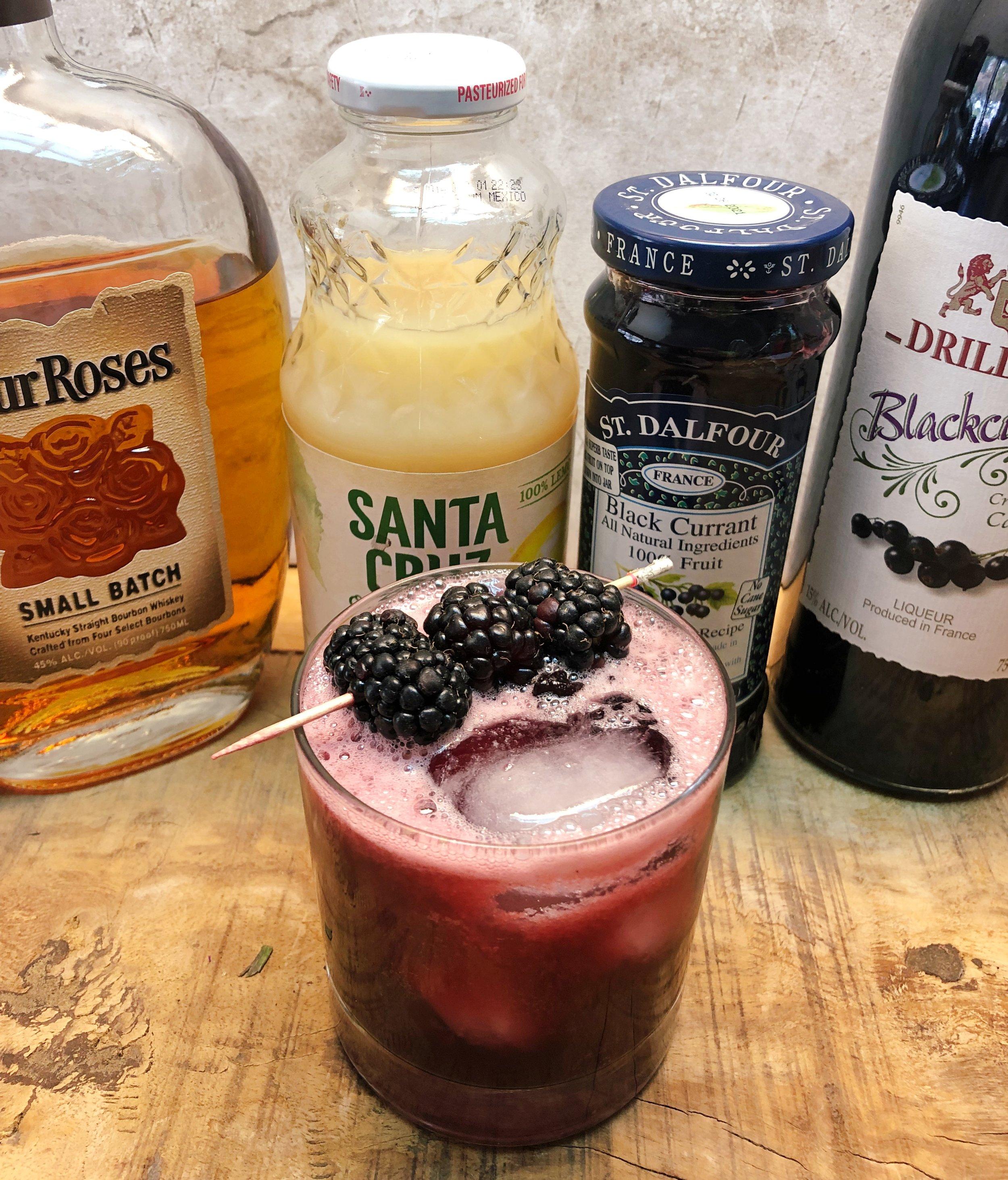 Bourbon Jamble — our take on the bourbon bramble! / Handbag Marinara / @handbagmarinara