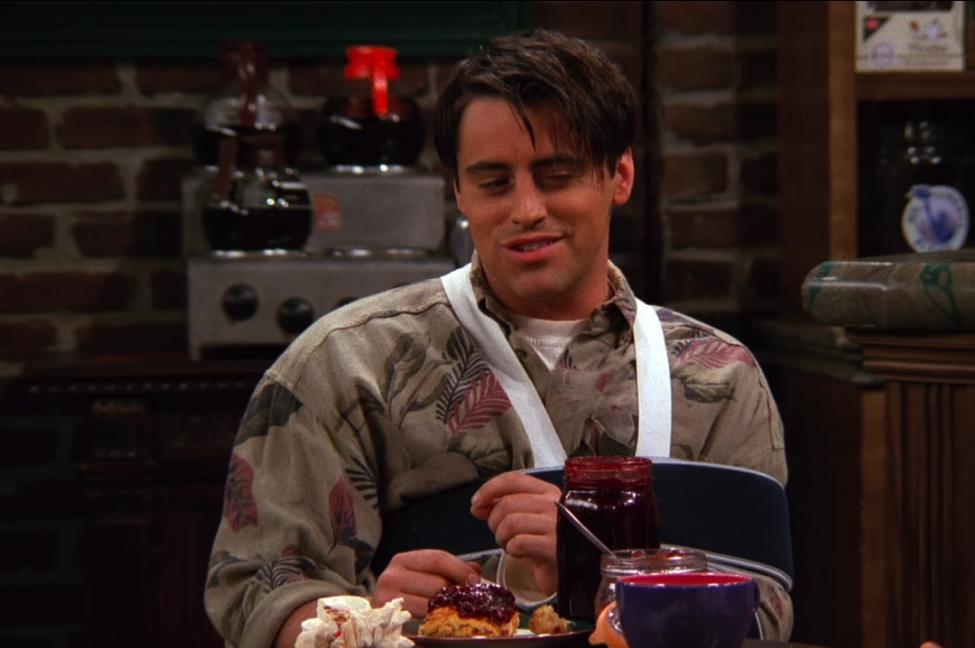 joey's jammy scone