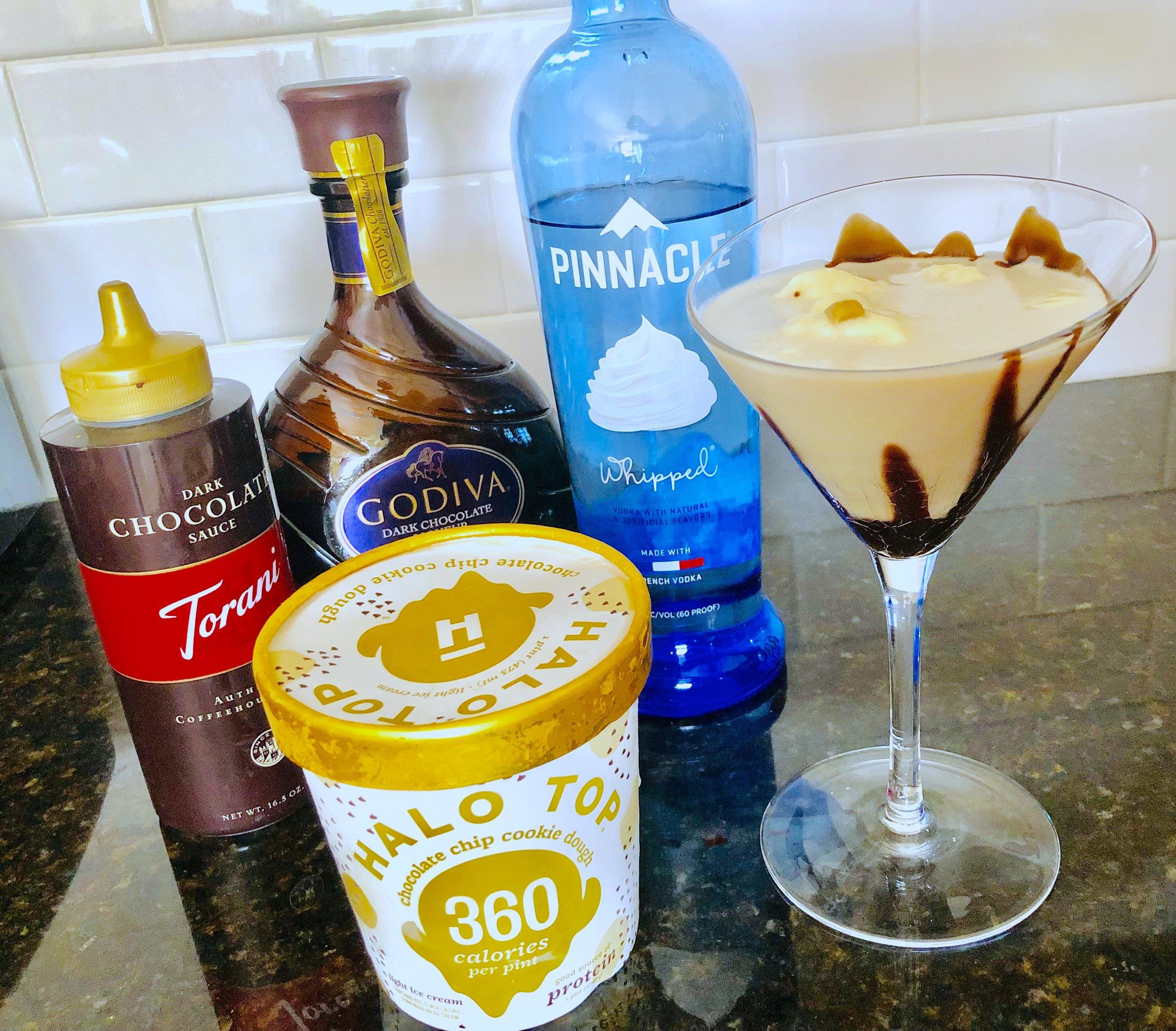 Heather's Flingin' Flangin' Milkshake Martini / Handbag Marinara / @handbagmarinara